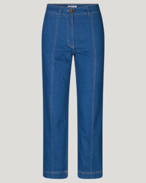 baum-und-pferdgarten-noell-jeans-1