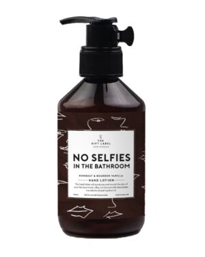 gift-label-no-selfies-lotion-1