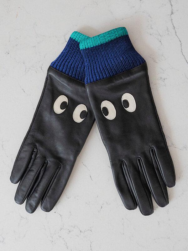 mabel-sheppard-eyes-gloves-1