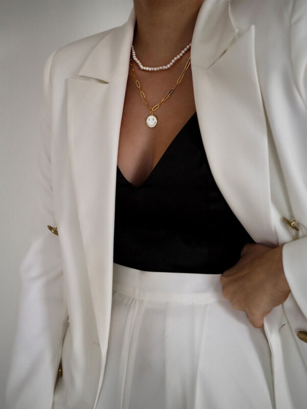 talis-chains-happiness-white-2
