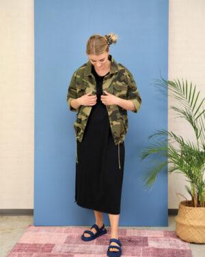 black-colour-jordan-camo-jacket-1