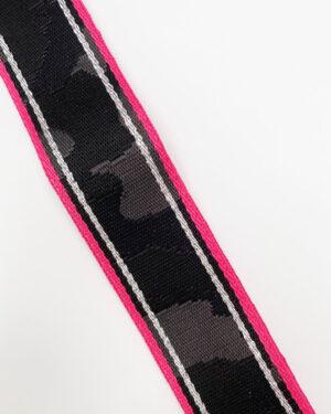 fuchsia-border-camo-strap-2