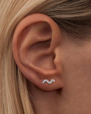 lulu-snaky-earring-white-2
