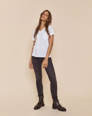 MM-Naomi-Washed-jeans3